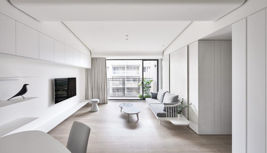 Sử dụng cửa kính lùa giúp phòng khách đón trọn nguồn sáng tự nhiên