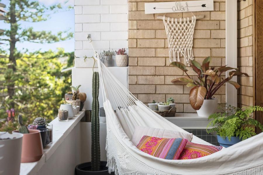 10+ ý tưởng trang trí ban công chung cư đẹp và độc đáo không nên bỏ qua